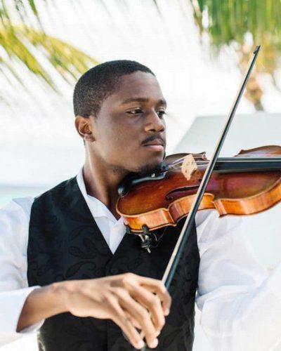 Portrait_3x4__768x1024_violinist_01